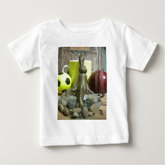 Hakuna Matata Rabbit Chilling back.png T-shirt