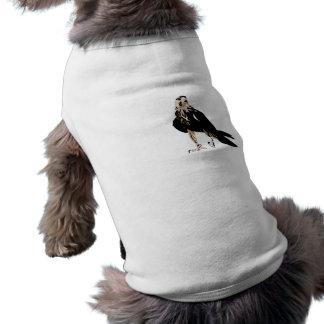 Halcón agresivo despredador del pájaro negro ropa macota