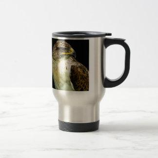 Halcón ferruginoso taza