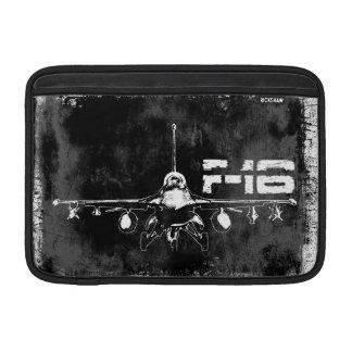 "Halcón que lucha F-16 11"" manga de aire de Macbook Fundas Macbook Air"
