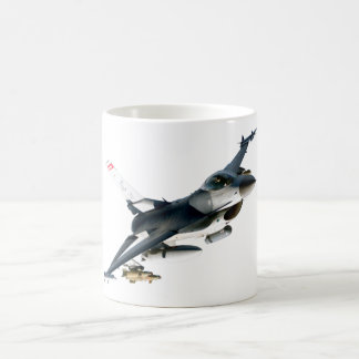 Halcón que lucha F-16 Taza Básica Blanca