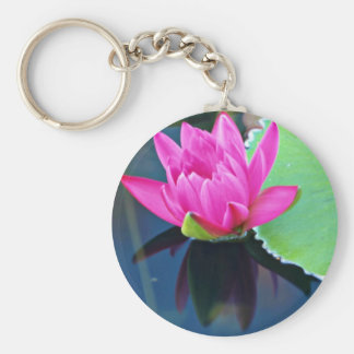 Half bloomed red water lily  flowers keychain