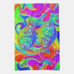 Halibut coloreado arco iris toalla de mano