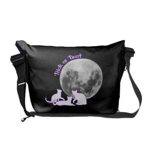 Halloween 3 Cats Messenger Bag
