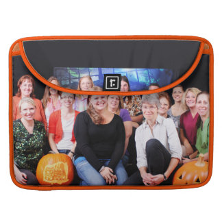 Halloween - Abel Keppy Crew Sleeve For MacBook Pro