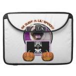Halloween - apenas un Lil fantasmagórico - barro a Fundas Para Macbook Pro