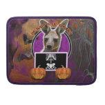 Halloween - apenas un Lil fantasmagórico - canguro Fundas Macbook Pro