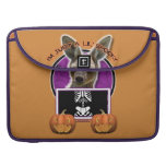 Halloween - apenas un Lil fantasmagórico - canguro Fundas Para Macbook Pro