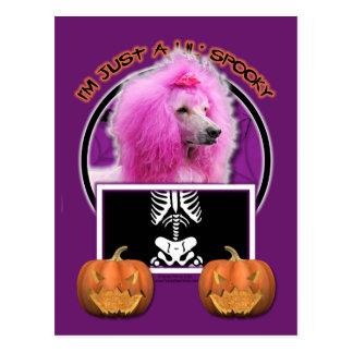 Halloween - apenas un Lil fantasmagórico - caniche Tarjetas Postales