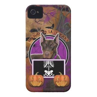 Halloween - apenas un Lil fantasmagórico - Doberma iPhone 4 Case-Mate Funda
