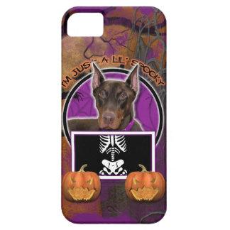 Halloween - apenas un Lil fantasmagórico - Doberma iPhone 5 Protectores