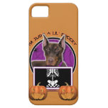 Halloween - apenas un Lil fantasmagórico - Doberma iPhone 5 Funda