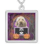 Halloween - apenas un Lil fantasmagórico - GoldenD Colgantes Personalizados