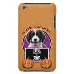 Halloween - apenas un Lil fantasmagórico - perro d Case-Mate iPod Touch Protectores
