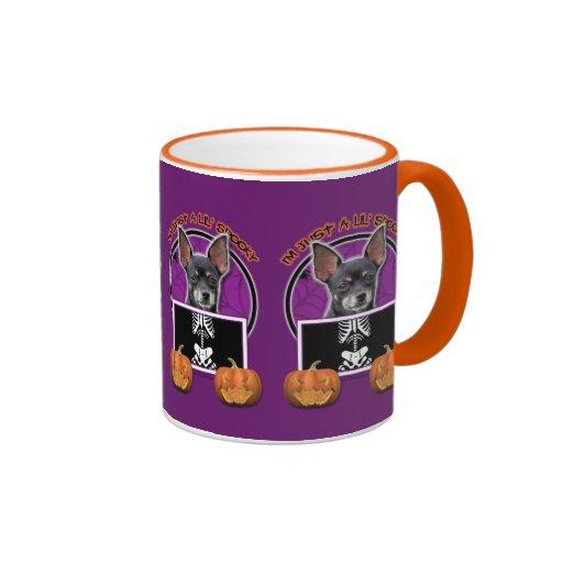 Halloween - apenas una chihuahua fantasmagórica de taza