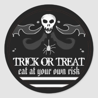 Halloween Black & White Skull Label Trick or Treat