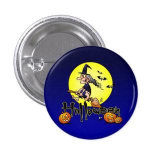 Halloween, bruja en una escoba, palos y calabazas pin redondo de 1 pulgada