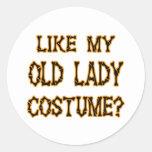 Halloween - como mi traje de la señora mayor pegatina redonda