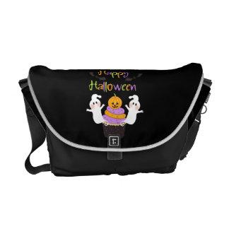 Halloween Cupcake Sign Messenger Bag