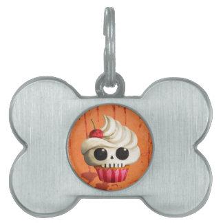 Halloween Deadly Skull Cupcake Pet Name Tag