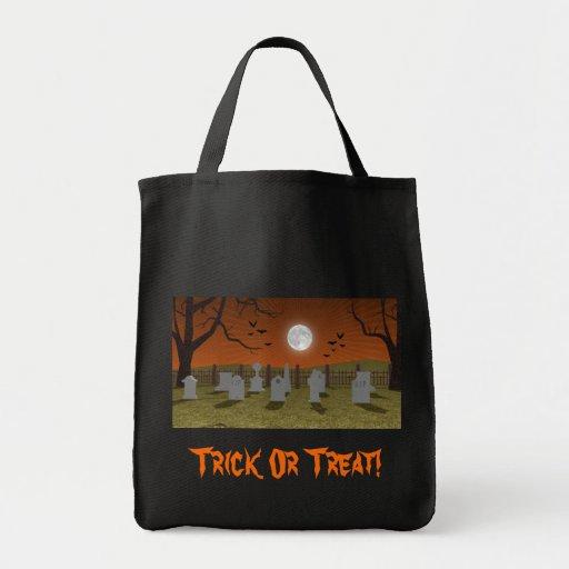 Halloween: Escena del cementerio: Bolso del truco  Bolsa Lienzo