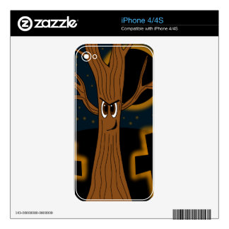Halloween - evil tree skins for the iPhone 4S