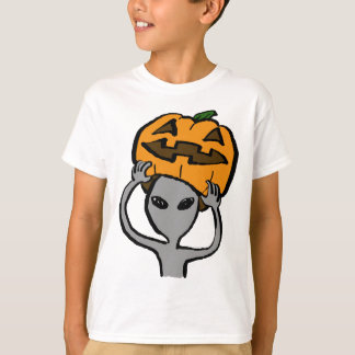 < Halloween extraterrestrial (both sides) T-Shirt