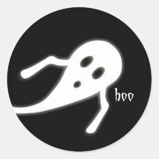 Halloween Ghost Saying Boo Classic Round Sticker