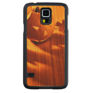Halloween glowing pumpkins border carved maple galaxy s5 slim case