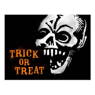 Halloween Graffiti Stencil Skull Post Card
