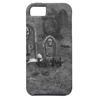Halloween Grave Yard with Tombstones iPhone 5/5S Cover