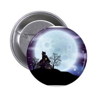 Halloween haunted house 6 cm round badge
