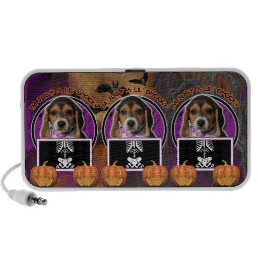 Halloween - Just a Lil Spooky - Beagle Puppy iPod Speakers