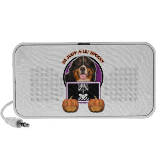Halloween -Just a Lil Spooky -Bernese Mountain Dog iPhone Speaker