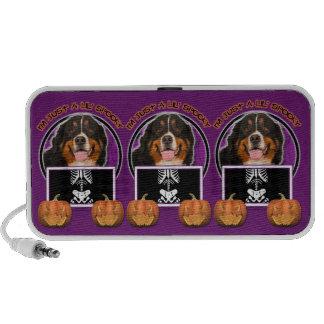 Halloween - Just a Lil Spooky - Bernie Mp3 Speaker