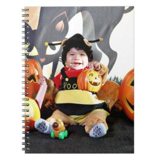 Halloween - manosee la abeja - Emilio Libretas Espirales