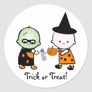 Halloween Monster Witch, Trick or Treat! Classic Round Sticker