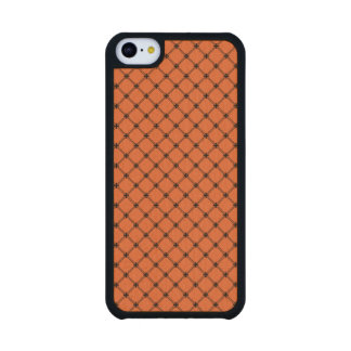 Halloween Orange and Black Pattern Carved® Maple iPhone 5C Slim Case