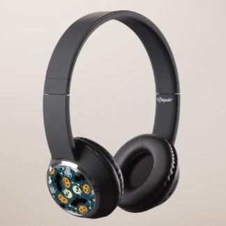 Halloween pattern headphones