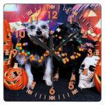 Halloween - pensamiento del Schnauzer - Chiweenie  Relojes