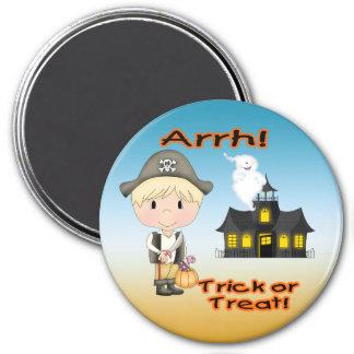Halloween Pirate Boy Round Magnet