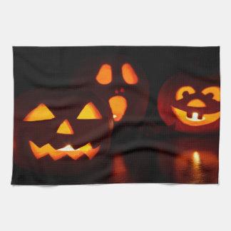 Halloween Pumpkin Scare Hand Towel
