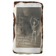 Halloween Skeleton with Violin Brownie