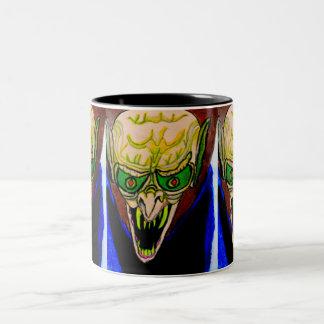 HALLOWEEN THE VAMPIRE BITES mug