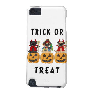 Halloween Trick or Treat Pug Dogs iPod Touch 5G Cover