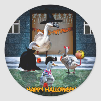 Halloween Trick or Treats Time! Classic Round Sticker