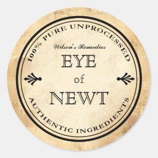 Halloween vintage alchemy Eye of Newt potion label Classic Round Sticker