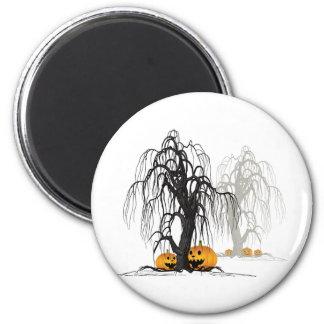 Halloween wood 2 inch round magnet
