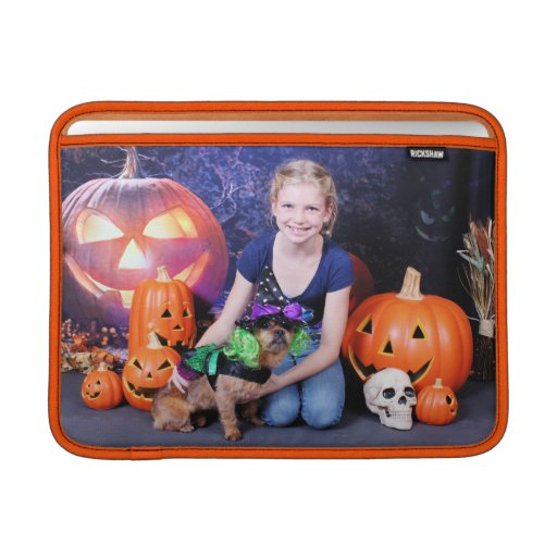 Halloween - YorkiePekeX - Clara Fundas Macbook Air