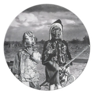 Hallow's Eve of Yesteryear Masks Plate